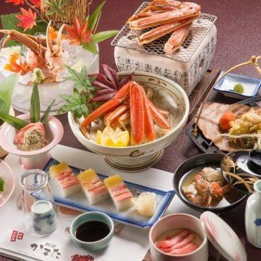 上越市板倉区にある蟹・寿司の料理店「割烹 かまた」蟹会席が豪華