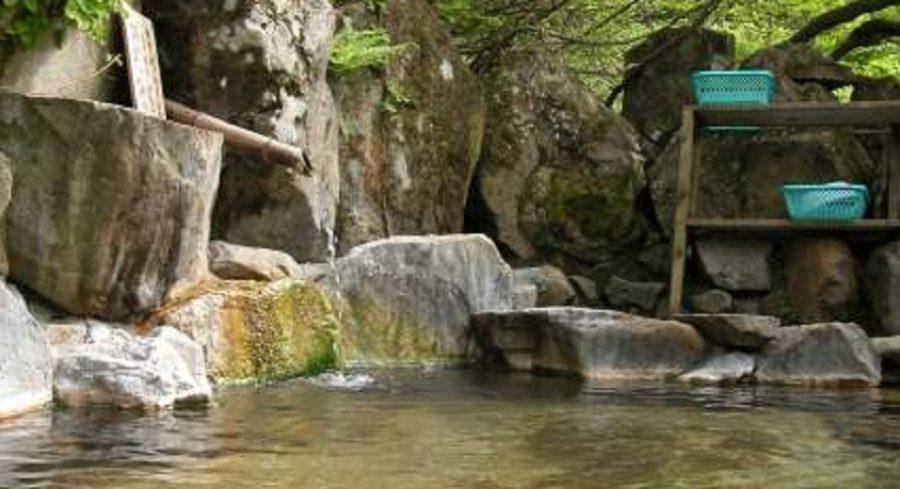 新潟の秘湯は糸魚川梶山の登山口にある雨飾温泉の雨飾山荘にあり!