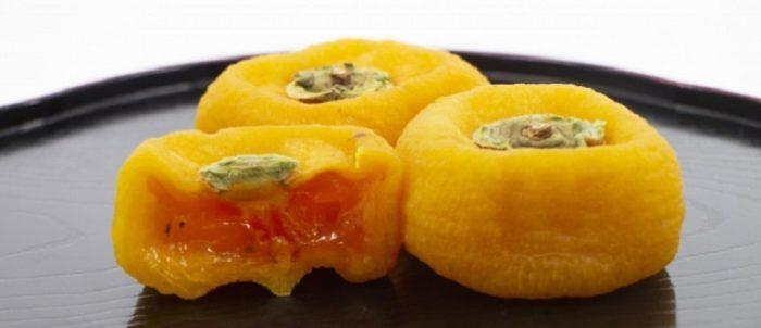 ドーナツ型あんぽ柿 どさどの柿丸と安保姫が出荷開始 新潟県佐渡市 おけさ柿の干し柿