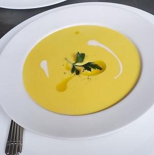 小千谷産バターナッツカボチャのスープ トラットリア レ・アーリ 新潟県小千谷市