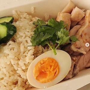 新潟のキッチンカー タイ料理 カオマンガイ 旅茶屋
