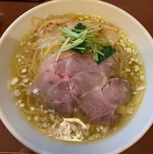 コラーゲンたっぷり女性に嬉しい鶏ラーメン 麺食房わたなべ 新潟市秋葉区